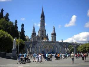 Lourdes2
